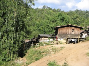 A Karen village. Photo from Wikimedia Commons.
