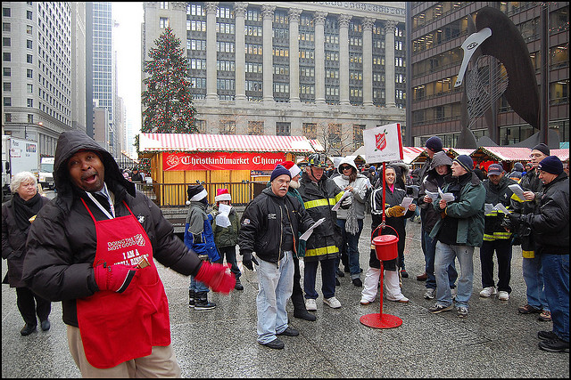 Salvation Army bell ringers at Daley Plaza // Photo by Tom Gill
